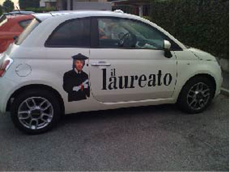 decorazione fiat 500 il laureato carswrap car wrapping italia. Black Bedroom Furniture Sets. Home Design Ideas